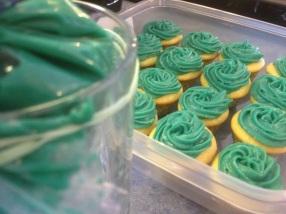 Storing cupcakes